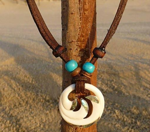 Halskette Koru Farnblatt Lederkette